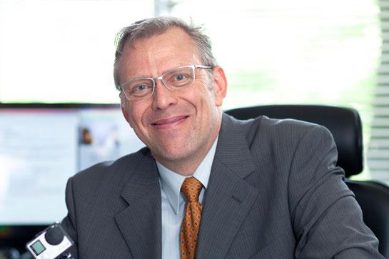 准教授 ドゥエイン・キント|名古屋外国語大学 現代国際学部 現代英語学科