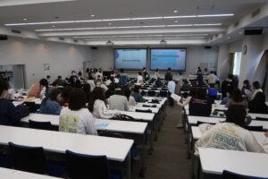 入学式・フレッシュマンキャンプを開催致しました|名古屋外国語大学 現代国際学部 現代英語学科
